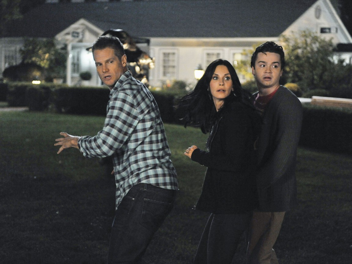 Cougar Town - Season 3 Episode 08: Ways to Be Wicked