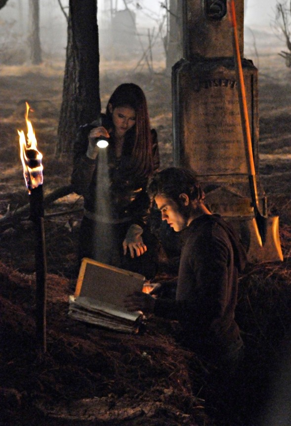 The Vampire Diaries - Season 1 Episode 13: Children of the Damned
