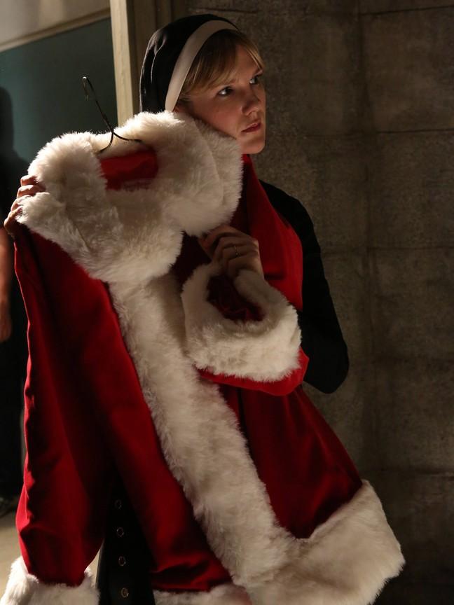 American Horror Story - Season 2 Episode 8 : Unholy Night