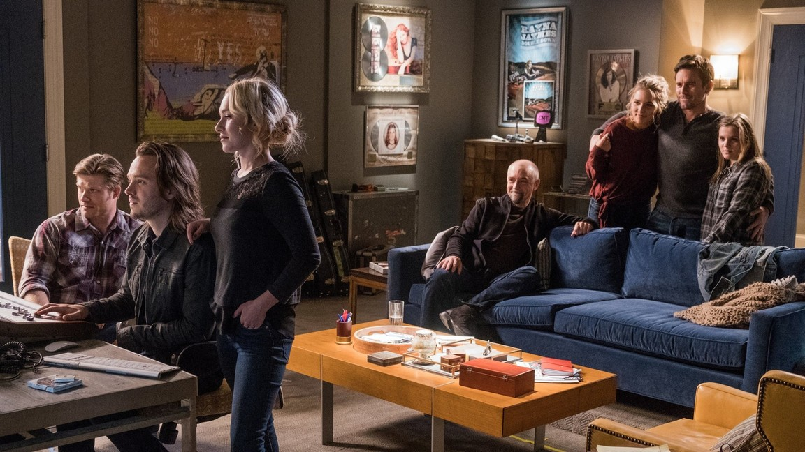 Nashville - Season 5 Episode 11: Fire and Rain