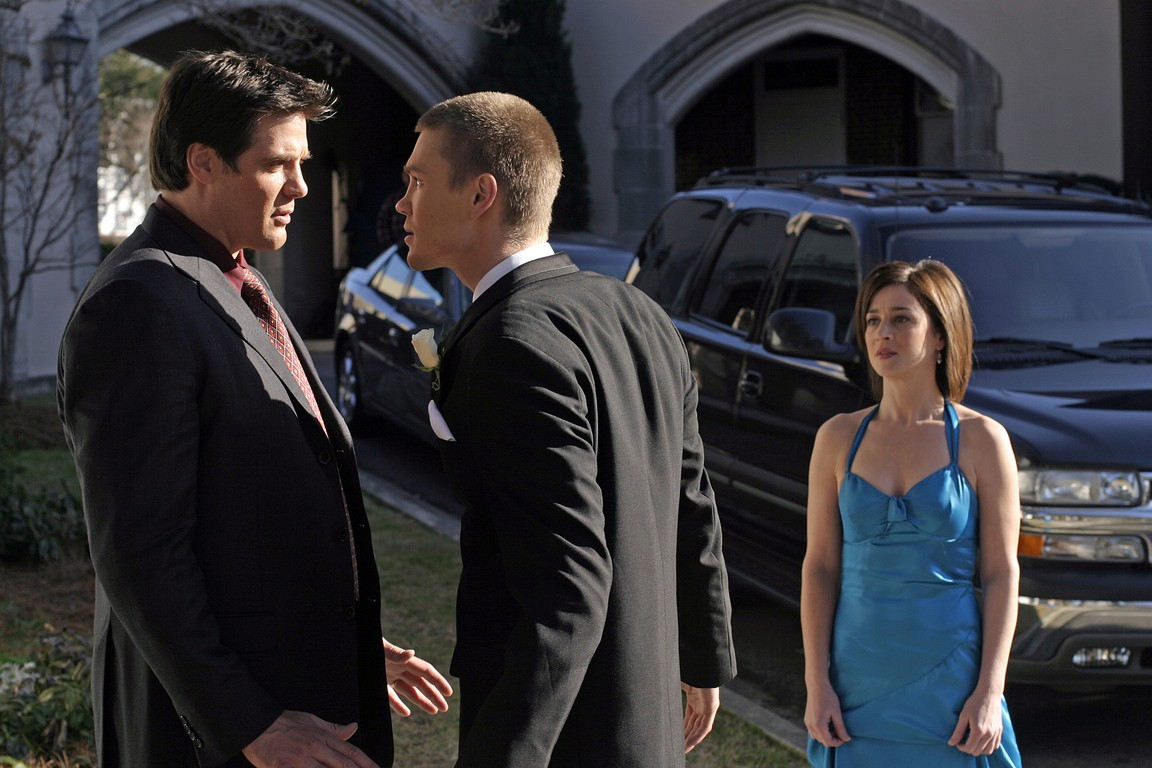 One Tree Hill - Season 2 Episode 16: Somewhere a Clock is Ticking