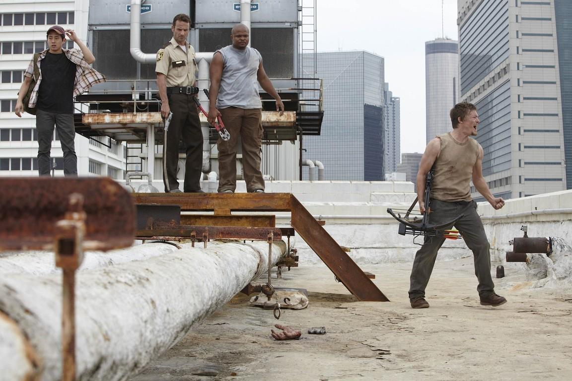 The Walking Dead - Season 1 Episode 04: Vatos
