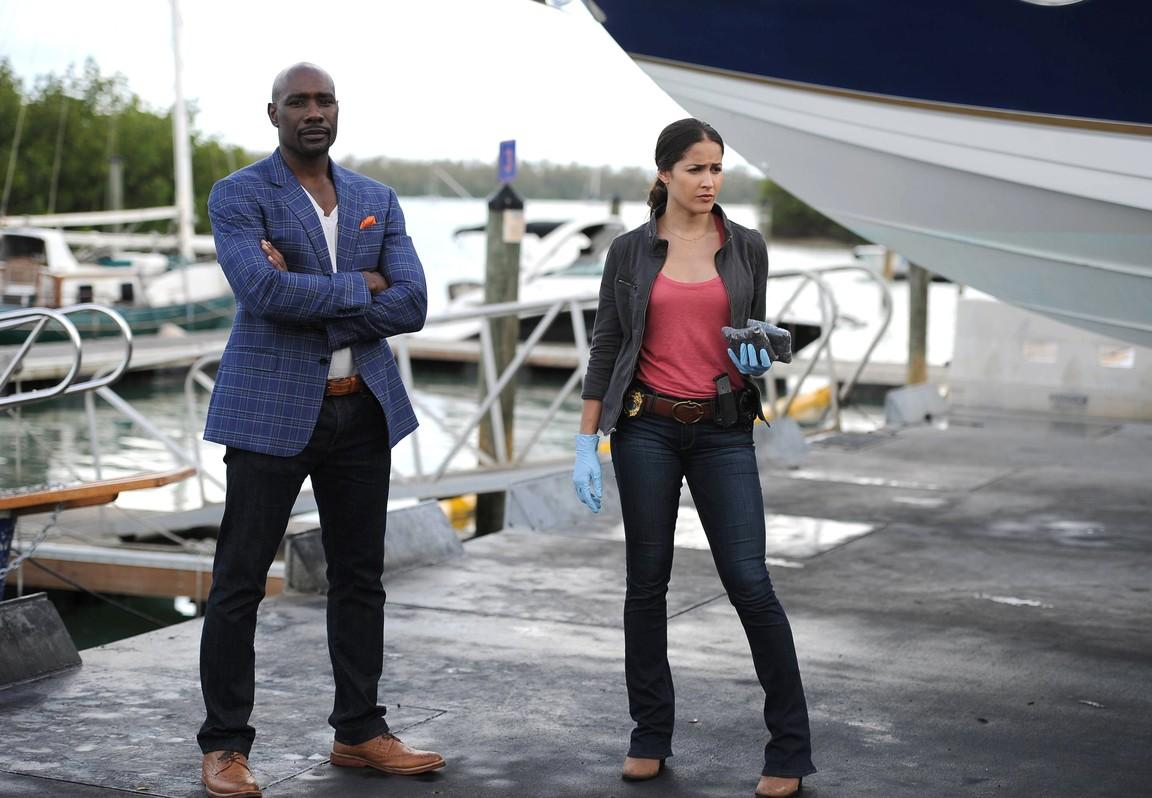 Rosewood - Season 1 Episode 1 Pilot