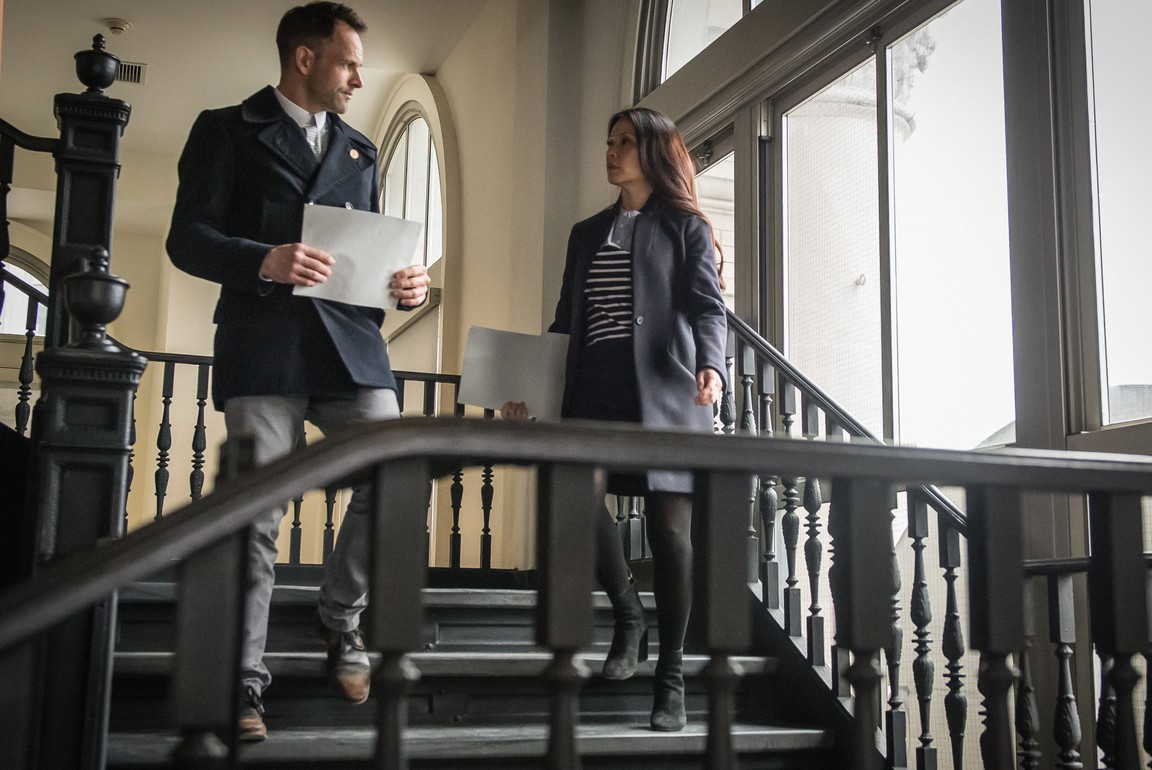 Elementary - Season 3 Episode 23: Absconded