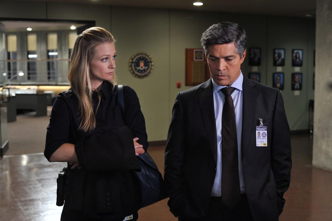 Criminal Minds - Season 9 Episode 04: To Bear Witness