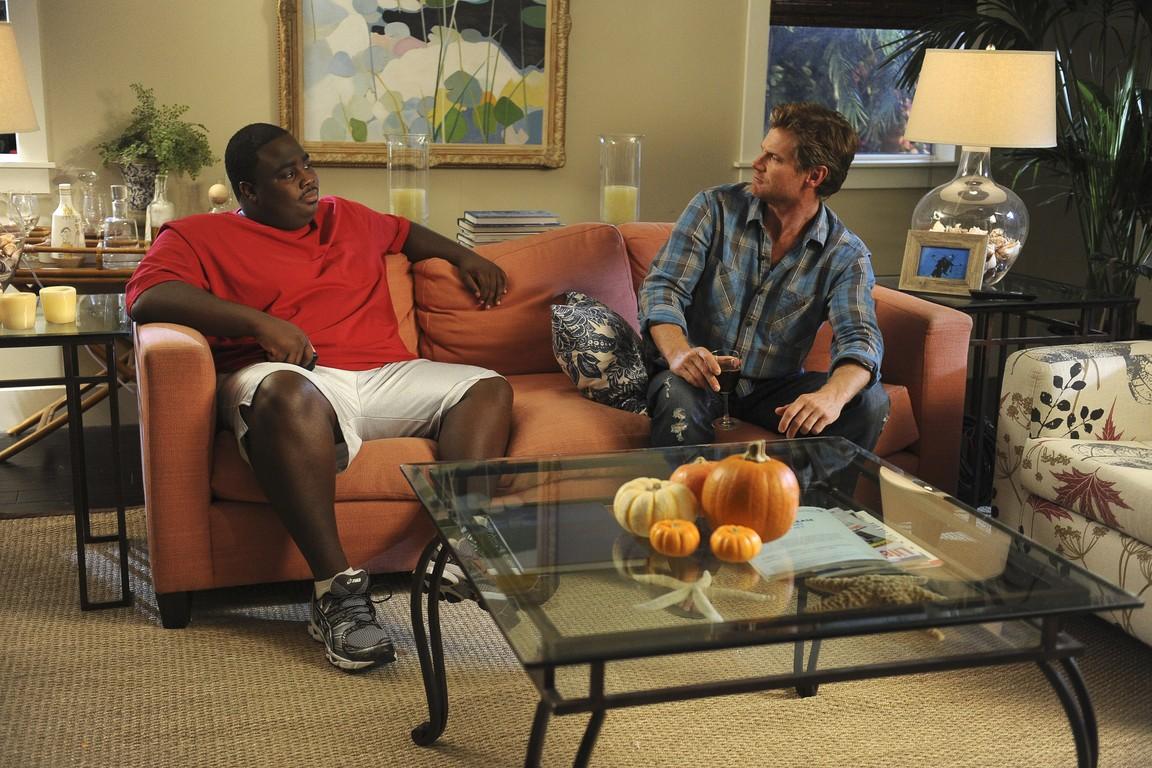 Cougar Town - Season 2 Episode 09: When the Time Comes