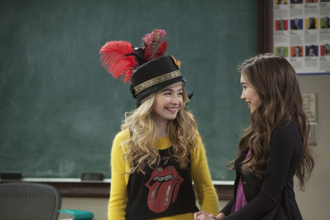 Girl Meets World - Season 1 Episode 10:Girl Meets Crazy Hat
