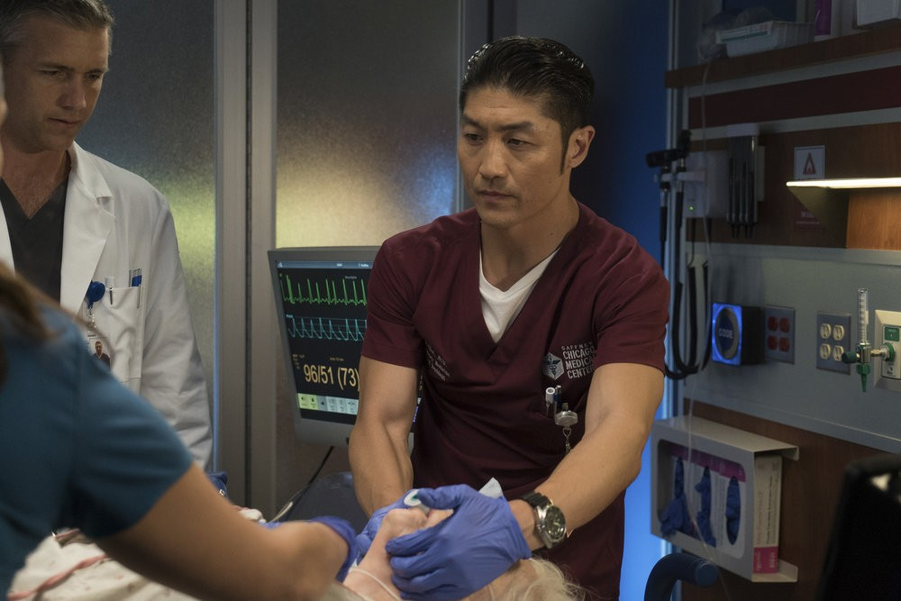 Chicago Med - Season 2 Episode 05: Extreme Measures