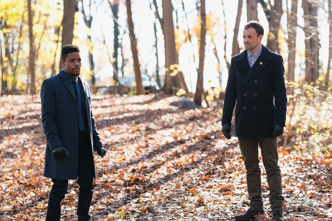 Elementary - Season 5 Episode 12: Crowned Clown, Downtown Brown