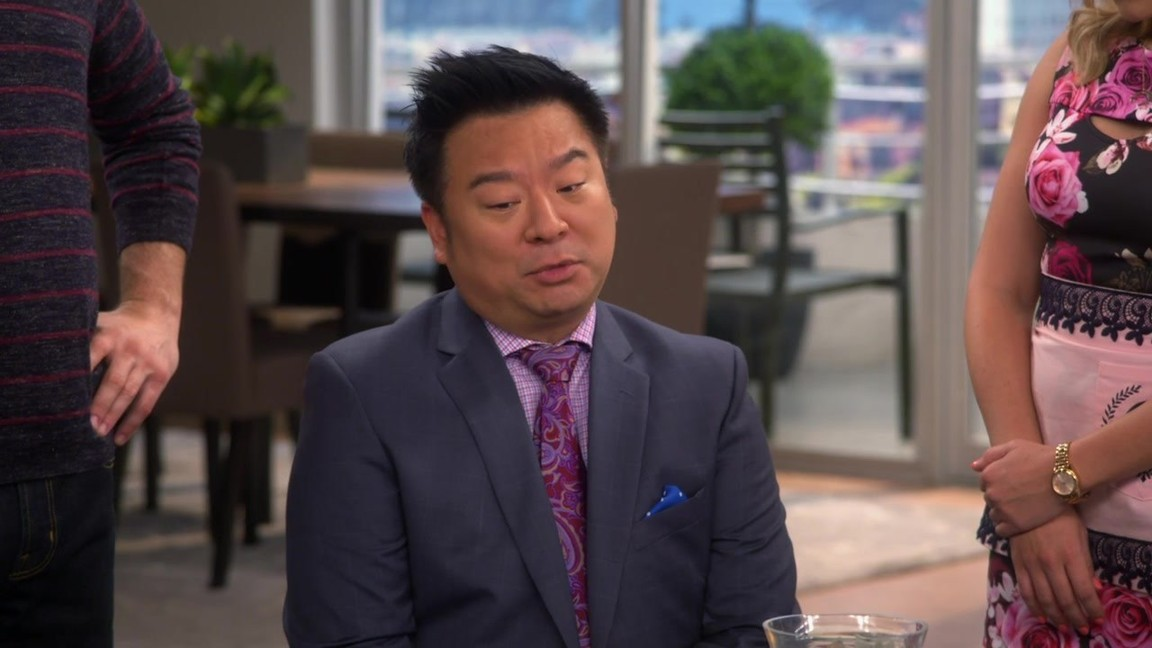 Young and Hungry - Season 2 Episode 04: Young & Old