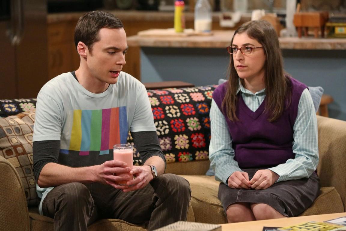 The Big Bang Theory - Season 7 Episode 23: The Gorilla Dissolution