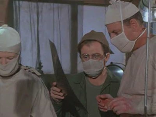 M*A*S*H - Season 2 Episode 09: Dear Dad... Three