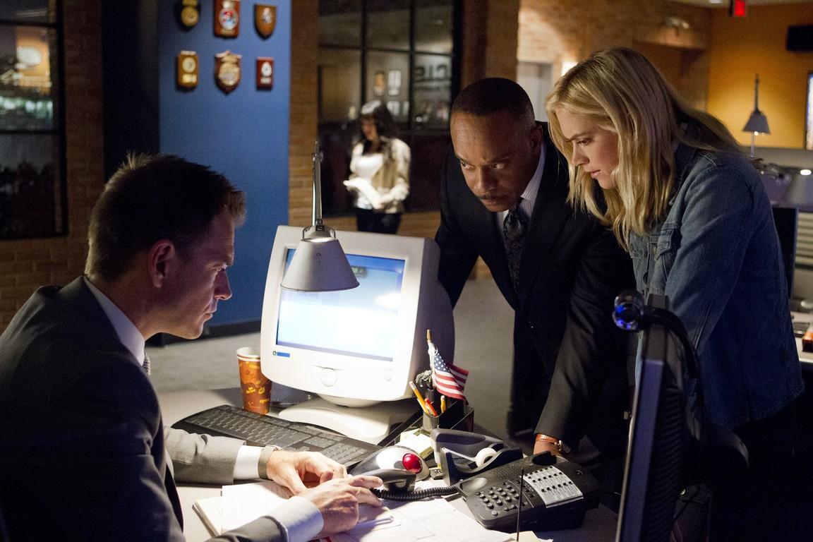 NCIS - Season 12 Episode 01: Twenty Klicks