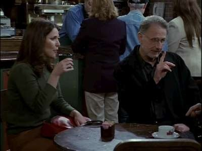 Frasier - Season 8 Episode 20: The Wizard and Roz