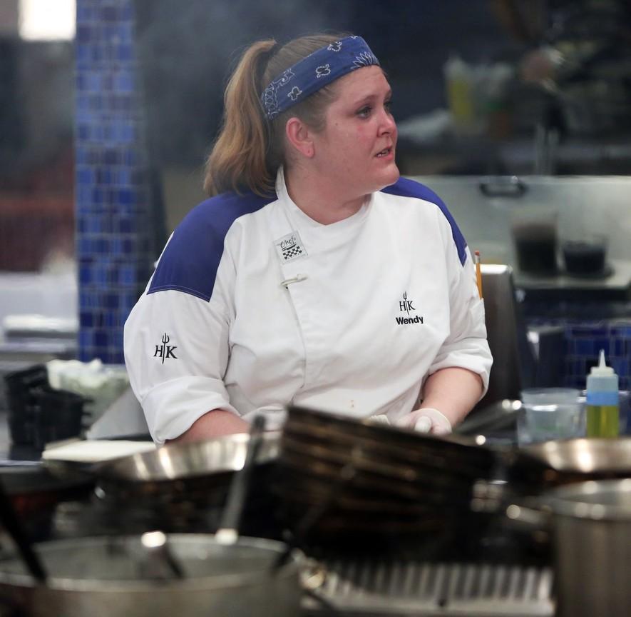 Hell's Kitchen - Season 16 Episode 09: Spoon Fed