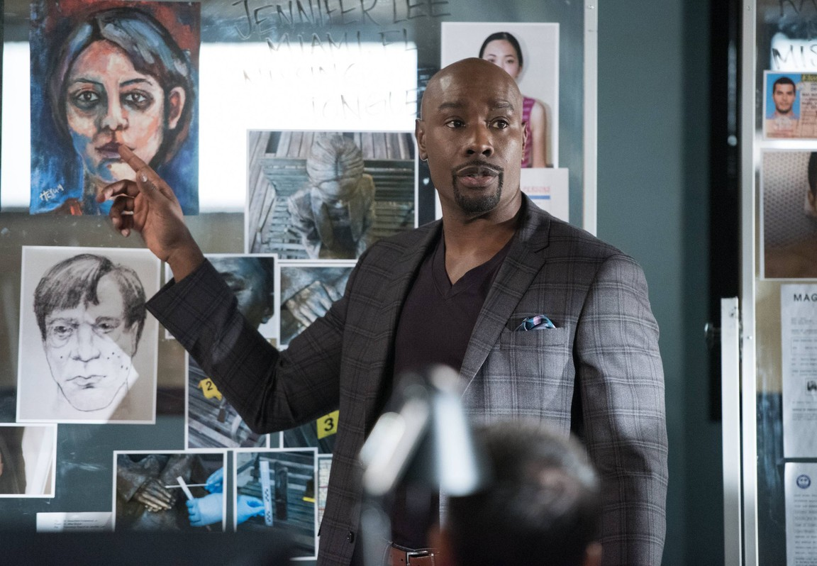 Rosewood - Season 1 Episode 11: Paralytics and Priorities