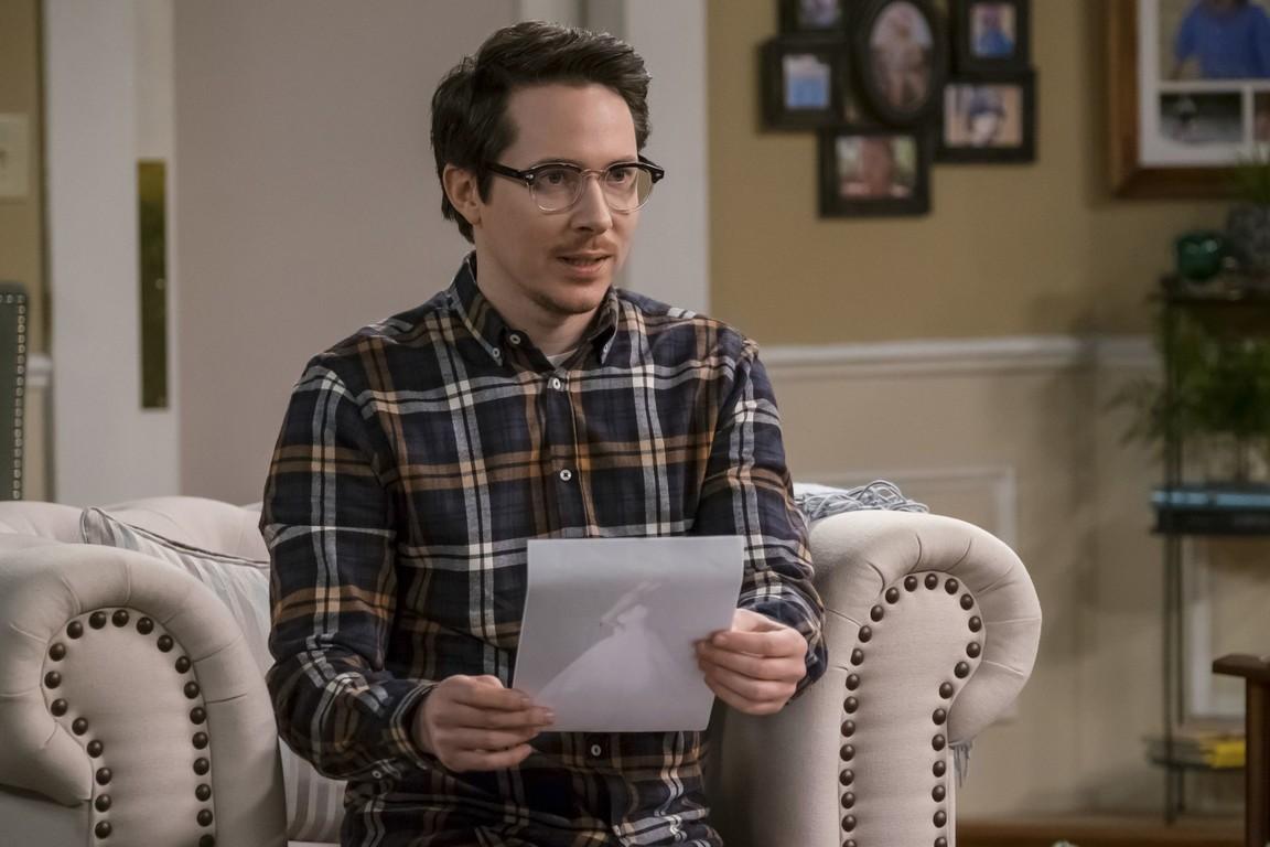 Kevin Can Wait - Season 1 Episode 15: Choke Doubt