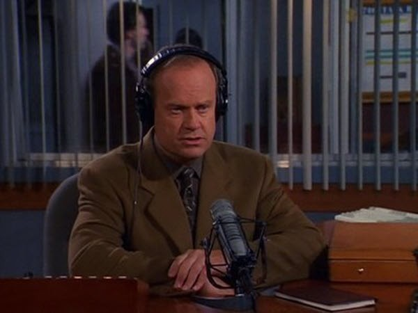 Frasier - Season 7 Episode 16: Something About Dr. Mary