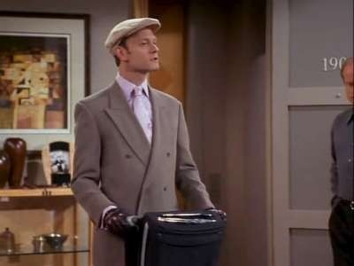 Frasier - Season 9 Episode 20: The Love You Fake