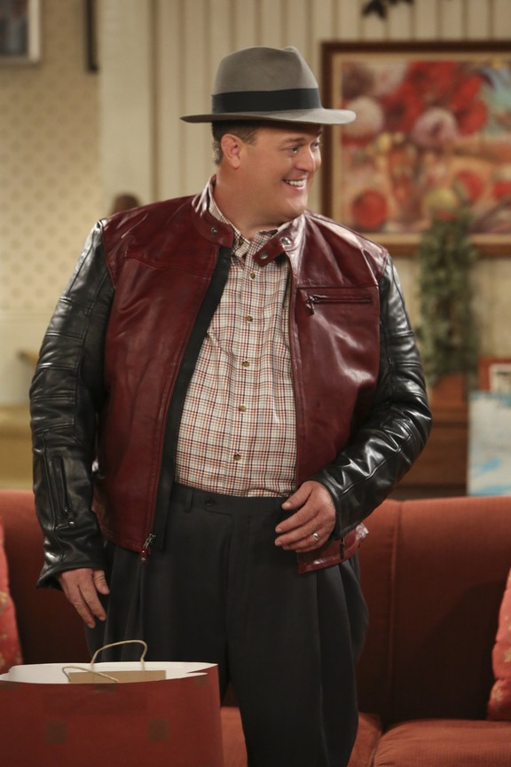 Mike & Molly - Season 5 Episode 9: Hack to the Future