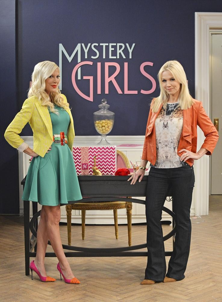 Mystery Girls - Season 1