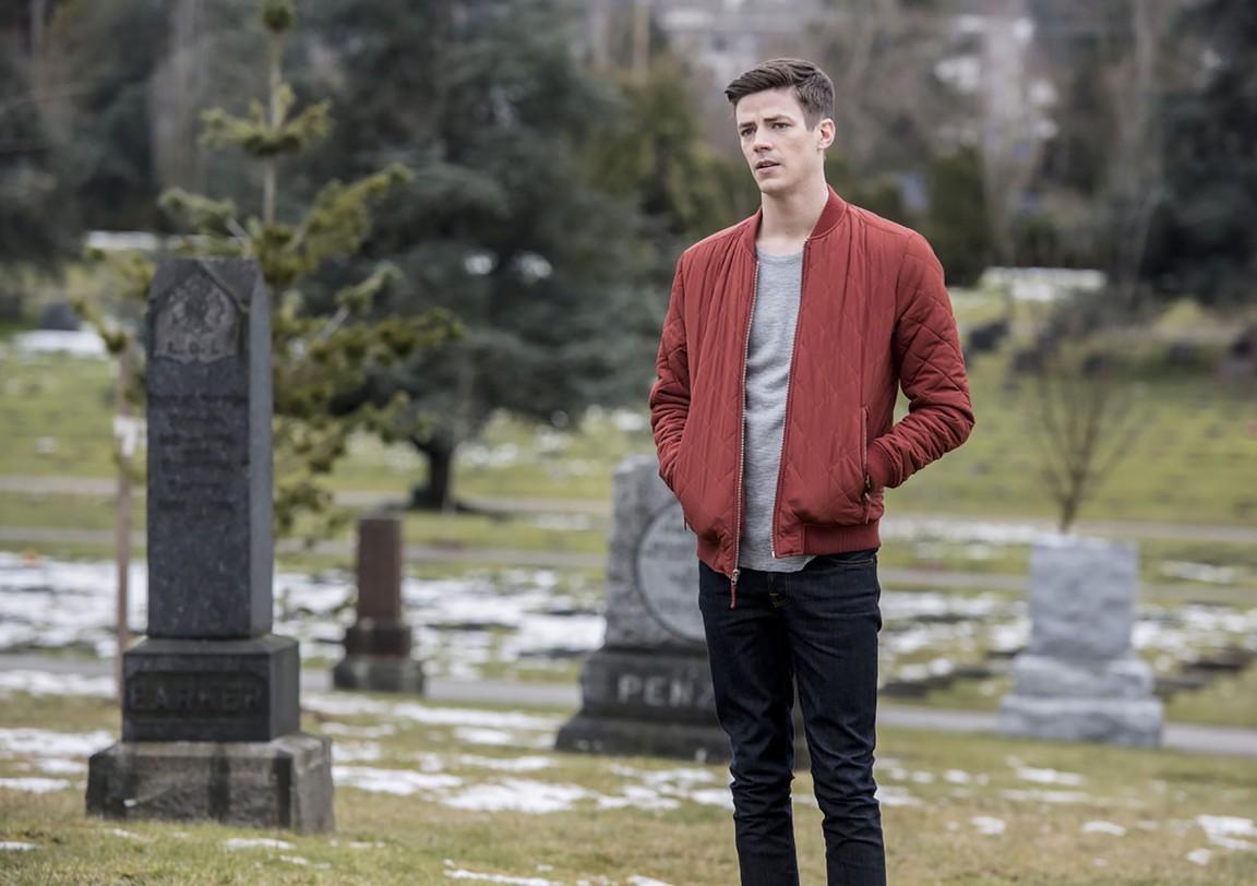 The Flash - Season 3 Episode 22:  Infantino Street