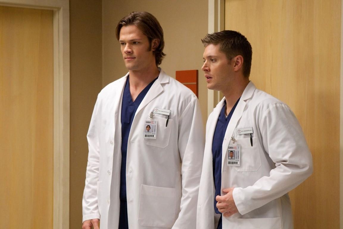 Supernatural - Season 5 Episode 08: Changing Channels