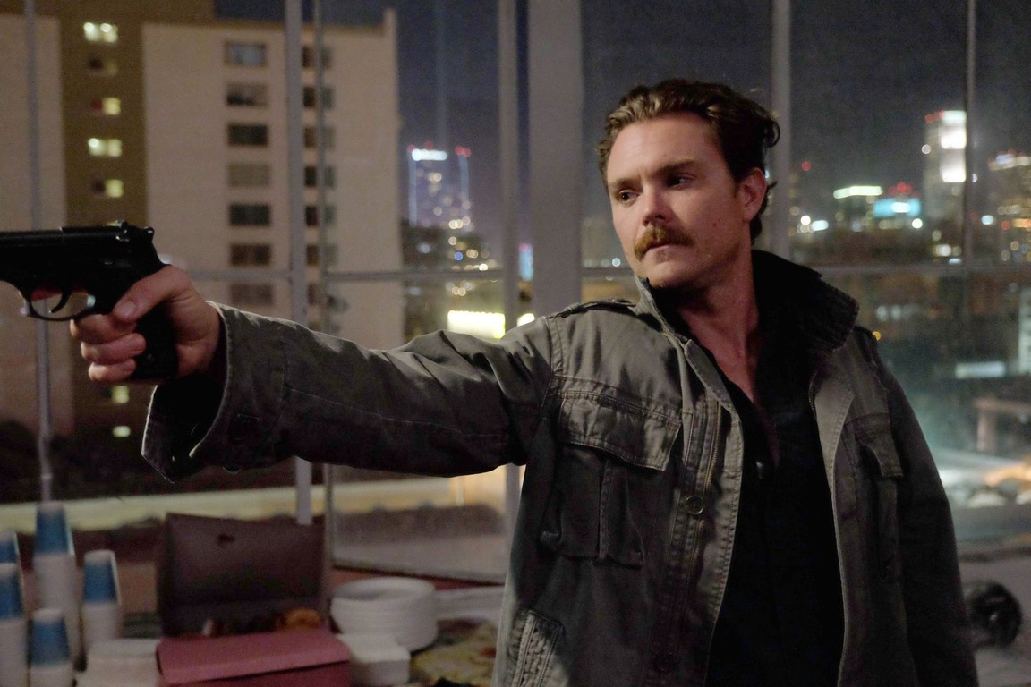 Lethal Weapon - Season 1 Episode 07: Fashion Police