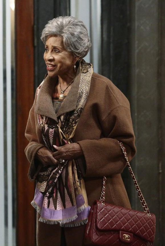 Scandal - Season 4 Episode 11: Where's the Black Lady?