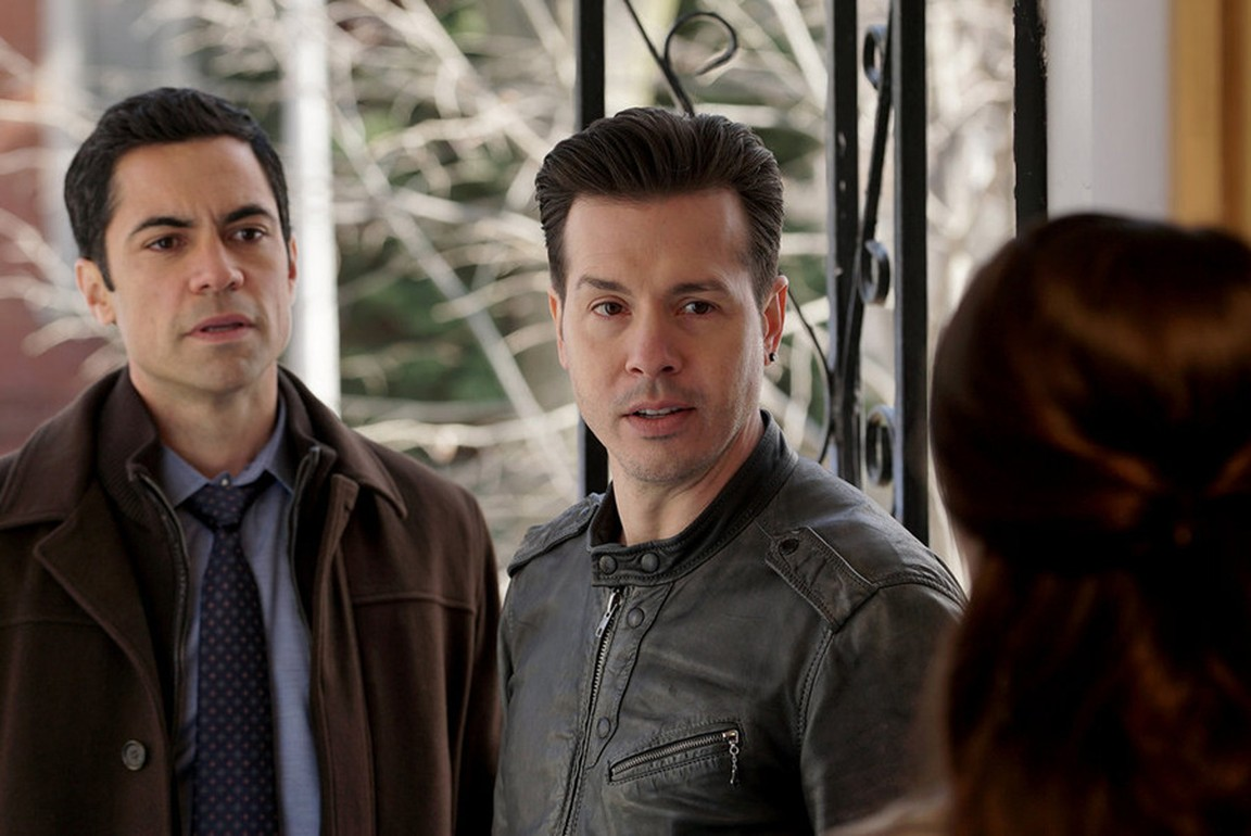 Chicago P.D. - Season 2 Episode 20: The Number of Rats (2)