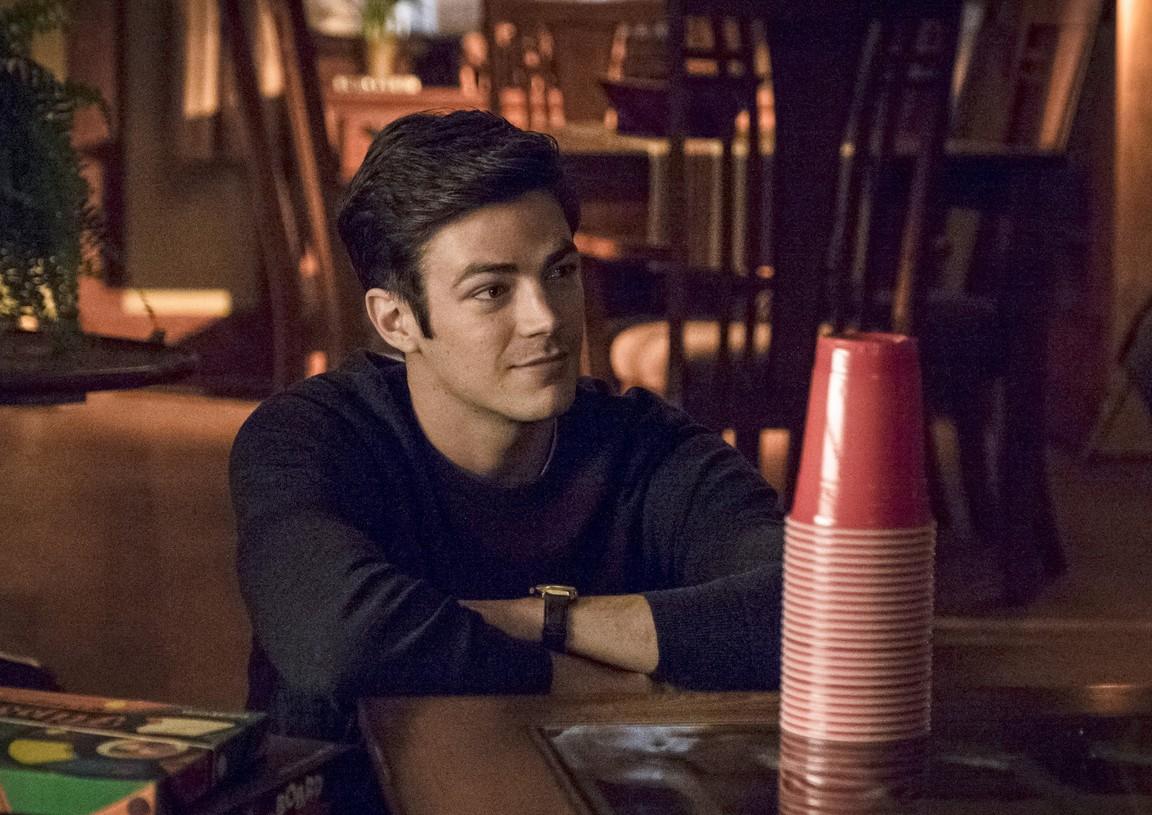 The Flash - Season 2 Episode 15: King Shark