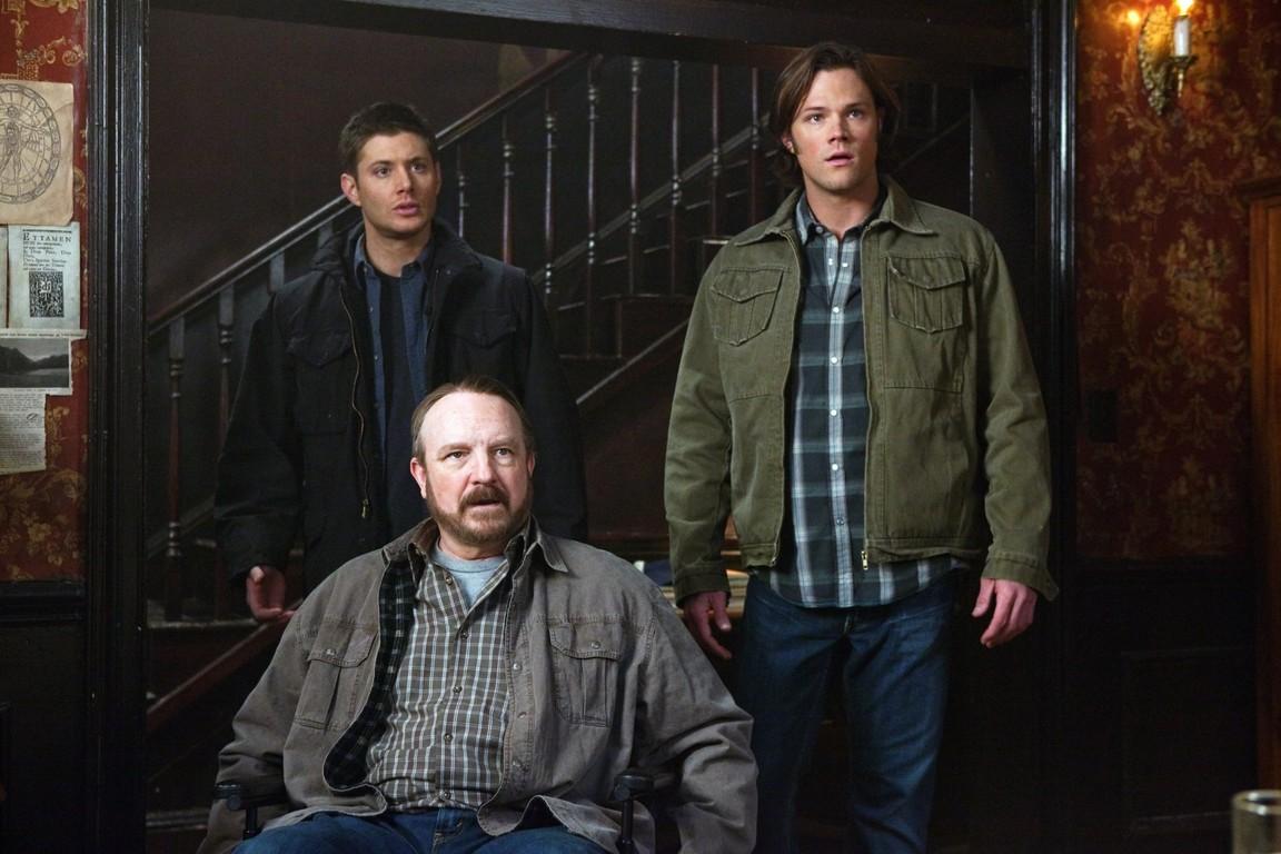 Supernatural - Season 5 Episode 15: Dead Men Don't Wear Plaid