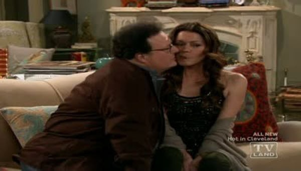 Hot in Cleveland - Season 2 Episode 02: Bad Bromance