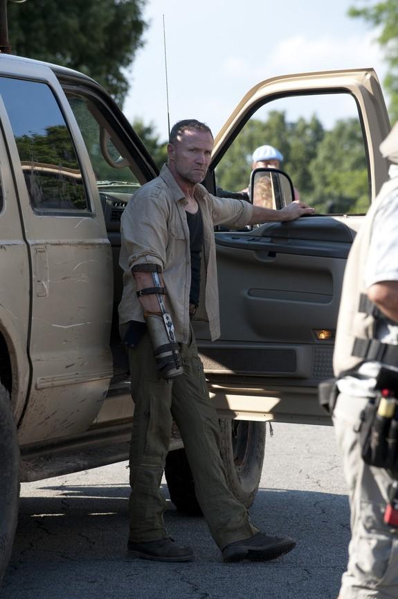 The Walking Dead - Season 3 Episode 03: Walk with Me