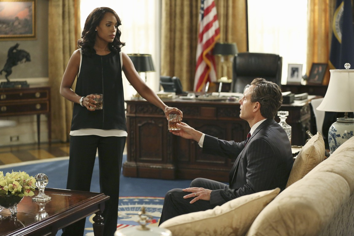 Scandal - Season 5 Episode 03: Paris Is Burning