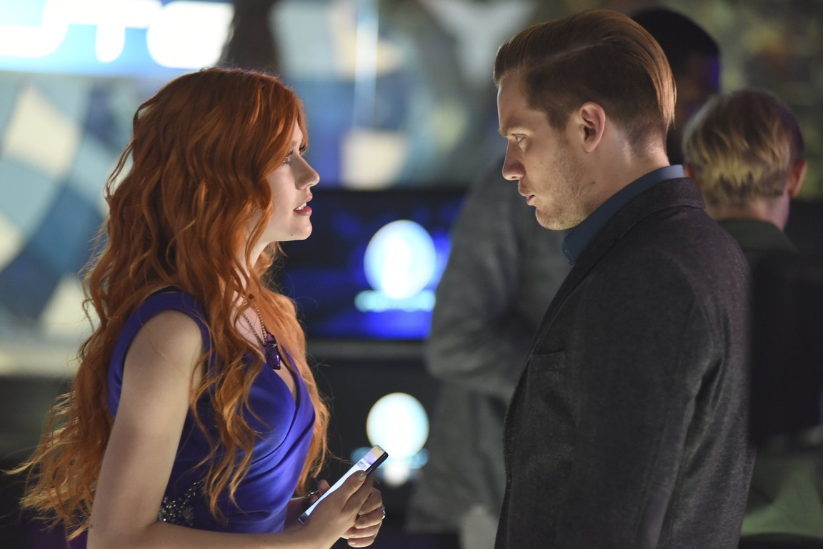 Shadowhunters - Season 1 Episode 10: This World Inverted