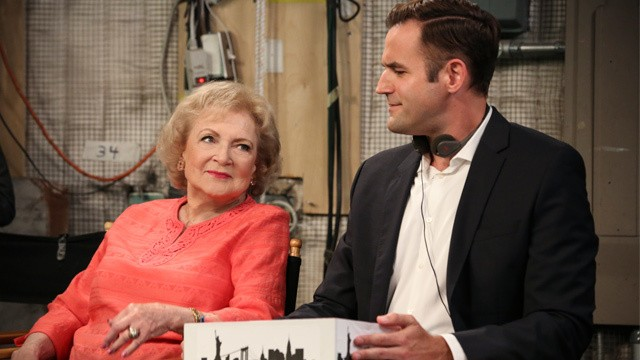 Hot In Cleveland - Season 6 Episode 01: Comfort and Joy