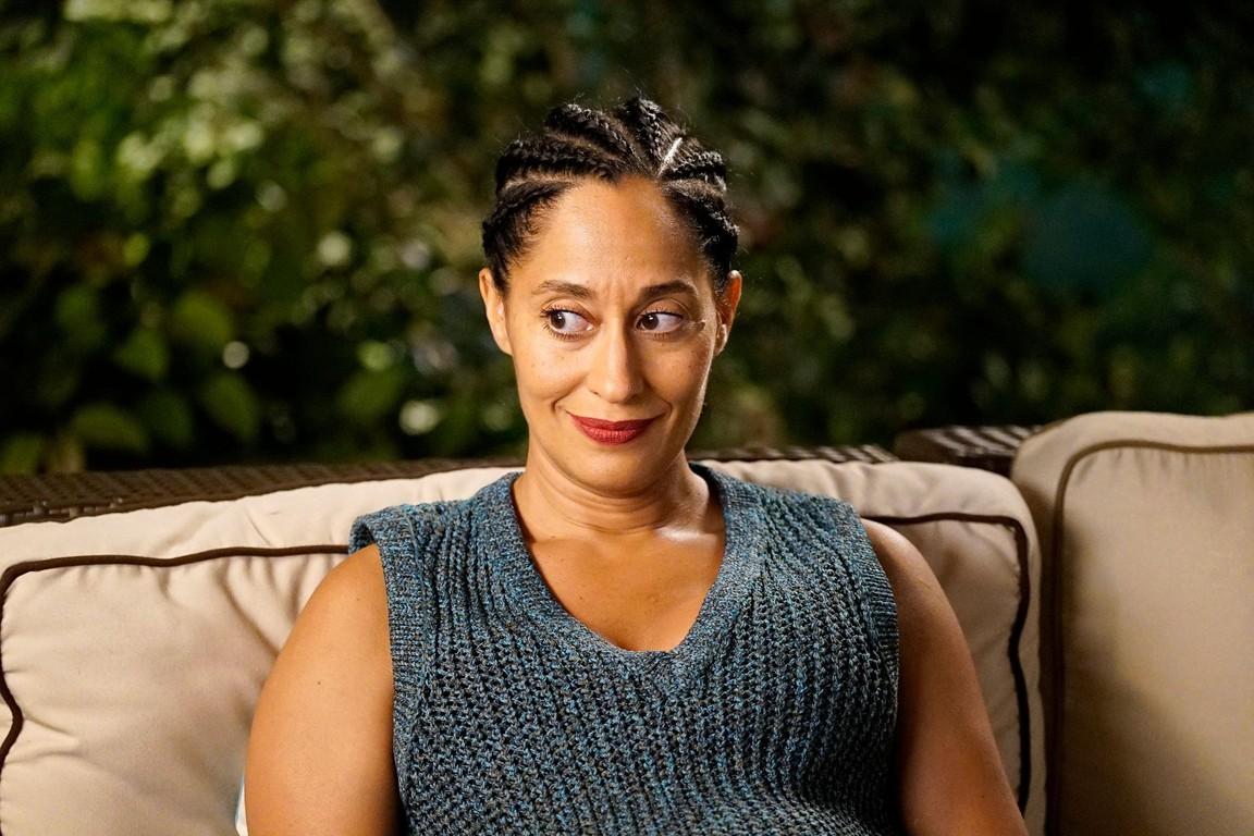 Black-ish - Season 3 Episode 21: Sister, Sister