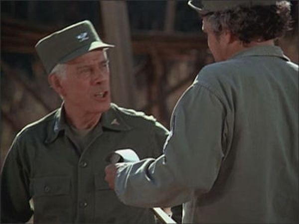 M*A*S*H - Season 10 Episode 05: Wheelers and Dealers