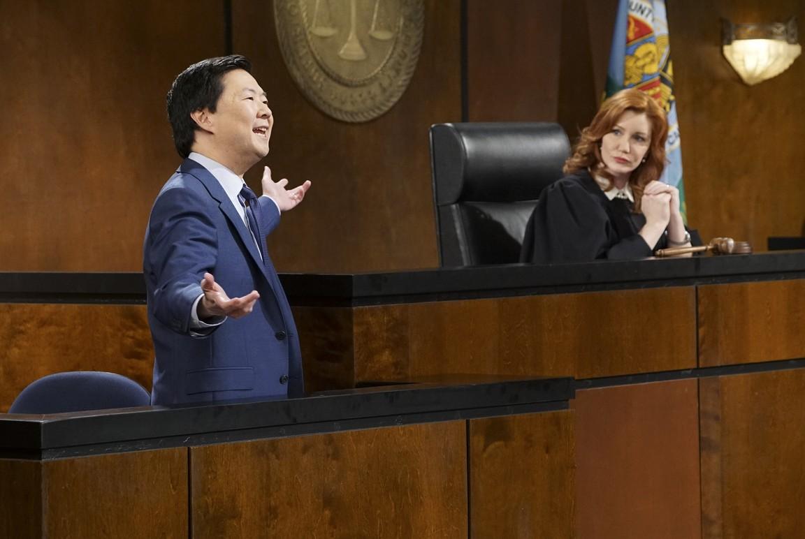 Dr. Ken - Season 1 Episode 19: Ken's an Expert Witness
