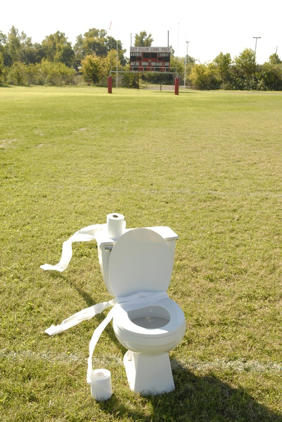 Friday Night Lights - Season 4 Episode 8:The Toilet Bowl