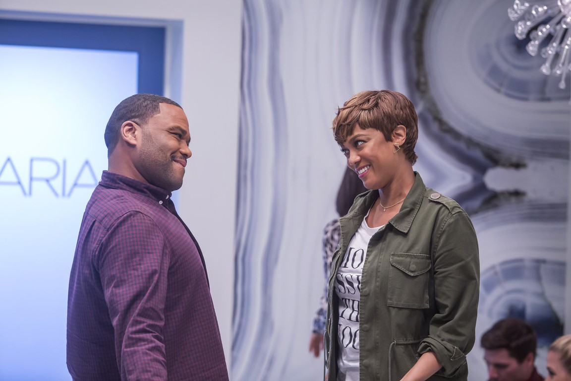 Black-ish - Season 2 Episode 11: Plus Two Isn't A Thing