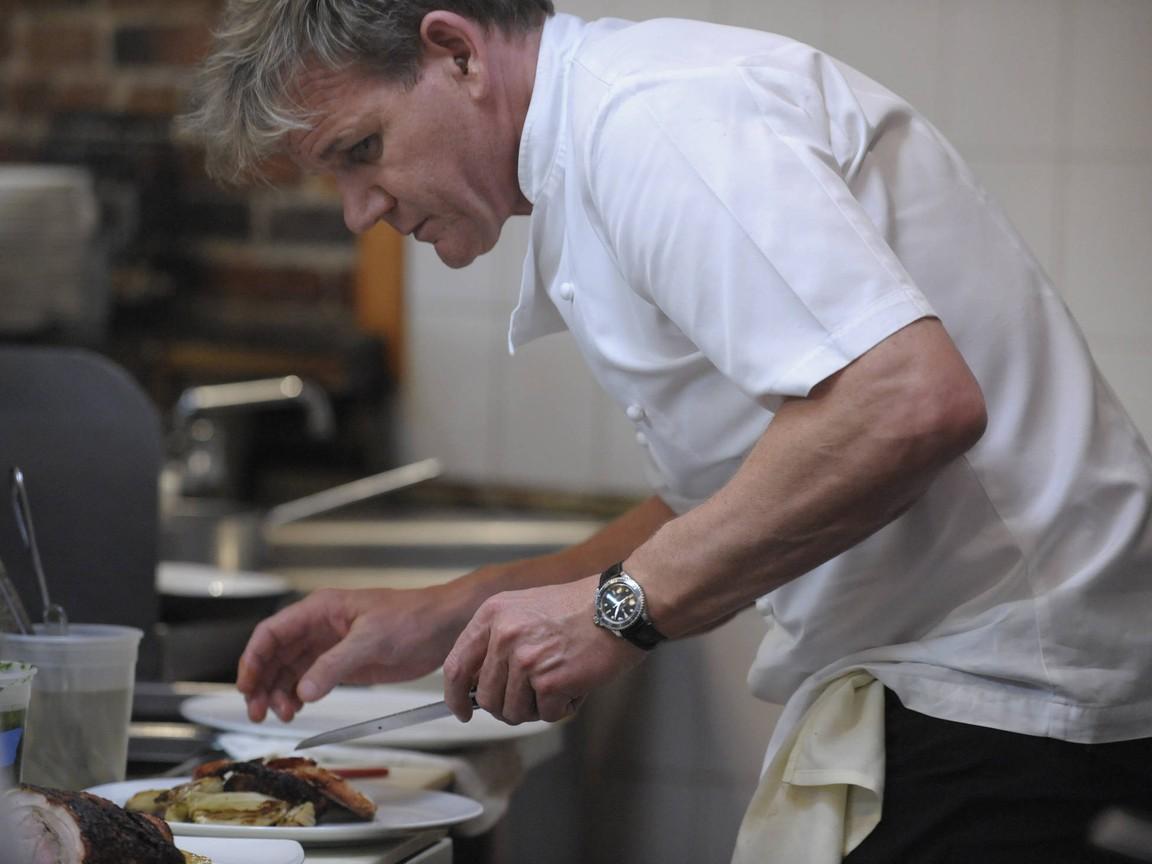 Kitchen Nightmares - Season 6 Episode 01: La Galleria 33, Pt. 1