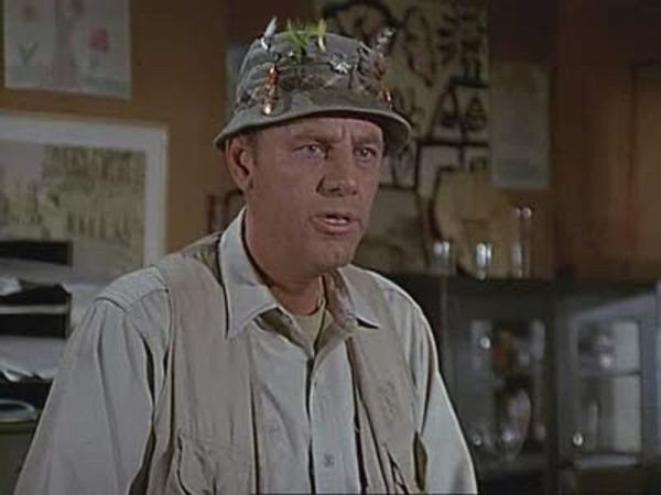 M*A*S*H - Season 2 Episode 23: Mail Call