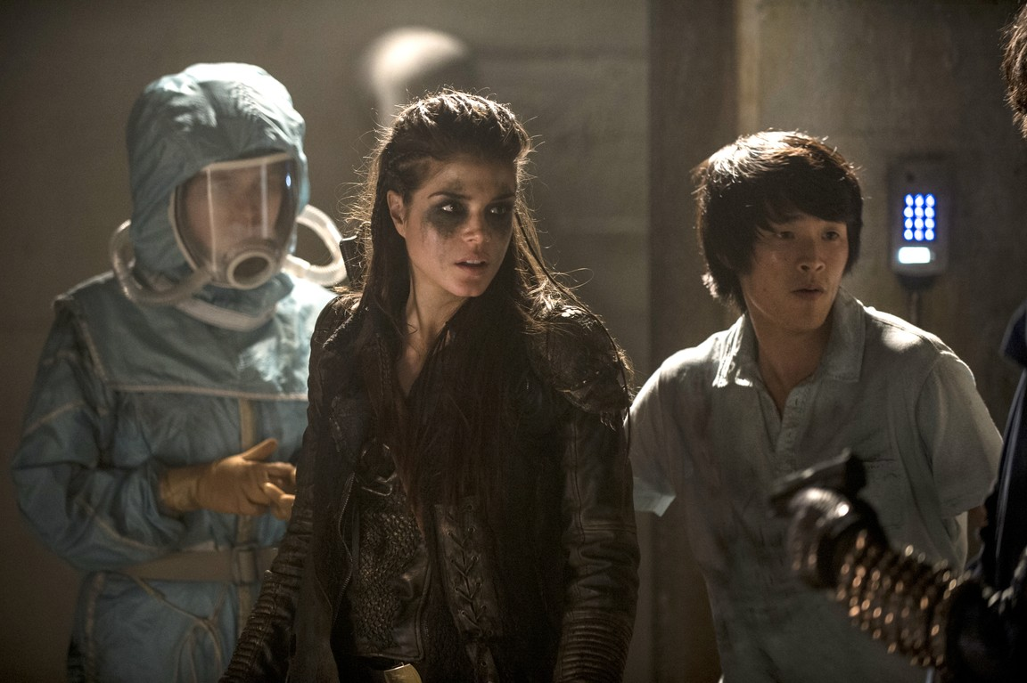 The 100 - Season 2 Episode 16: Blood Must Have Blood (2)