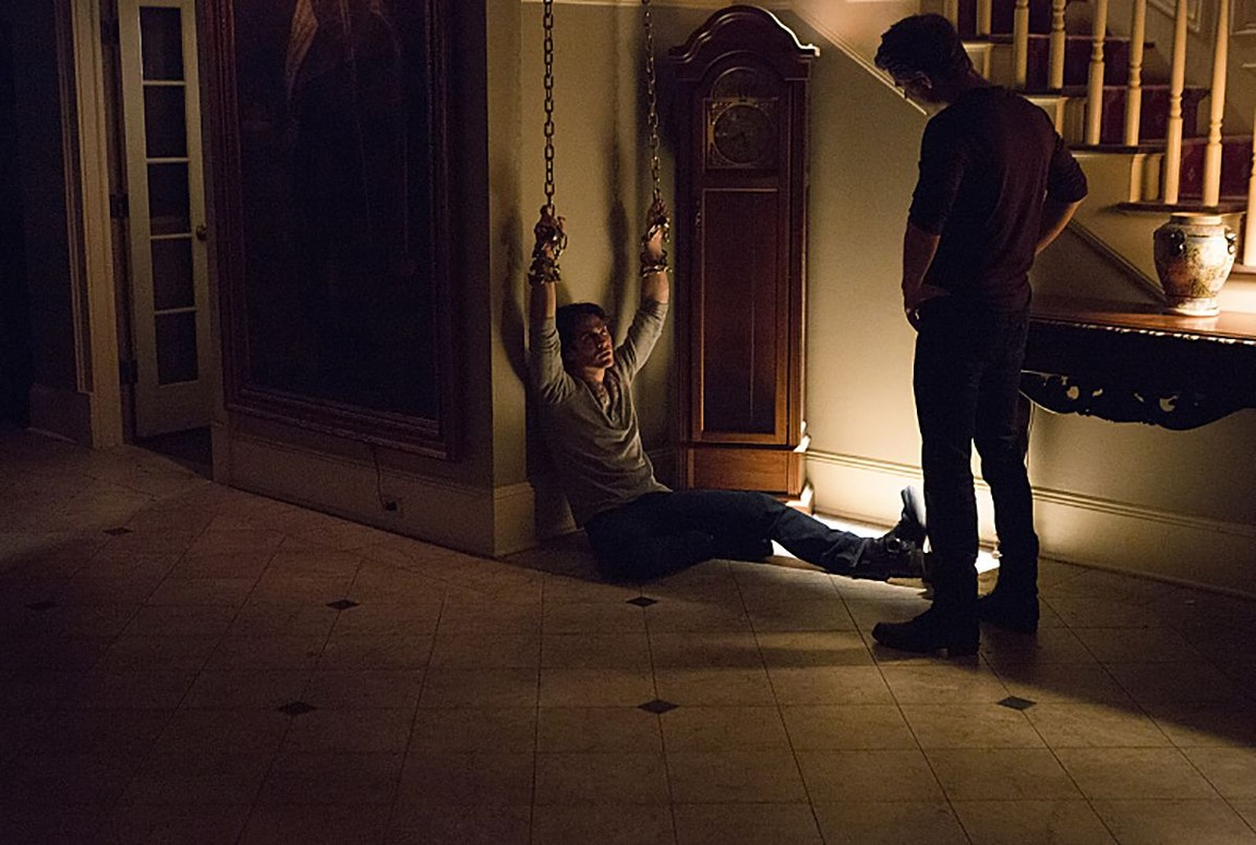 The Vampire Diaries - Season 7 Episode 11: Things We Lost in the Fire