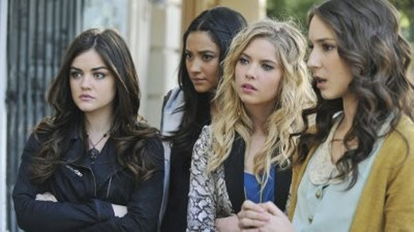 Pretty Little Liars - Season 2 Episode 24: If These Dolls Could Talk