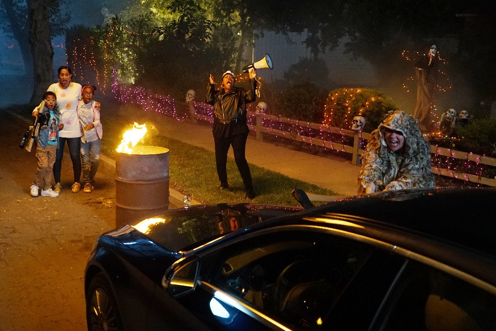 Black-ish - Season 3 Episode 05: The Purge
