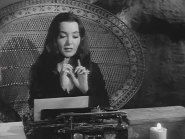 The Addams Family - Season 2 Episode 08: Morticia, the Writer