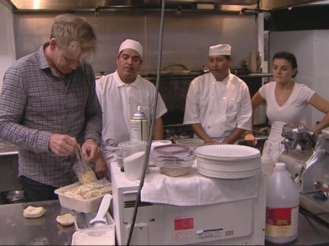 Kitchen Nightmares - Season 5 Episode 14: Charlie's